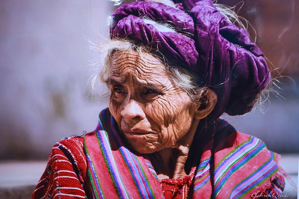 Image of photo of Mayan woman (6849889936)