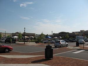 Indian Lake Village - Streets of Indian Lake shopping area