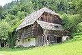 Ingolsthal - Verfallendes Bauernhaus.JPG