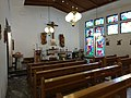 Inne i den katolske kirken i Hammerfest.jpg