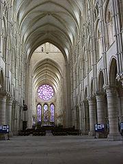Estilización de las formas en la catedral de Laon.