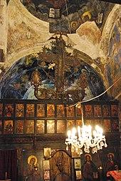 Photographie de l'intérieur de l'église de Tchelopek