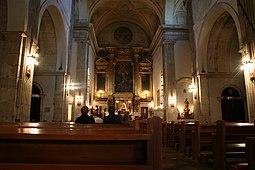 Interior iglesia de San Tirso.JPG