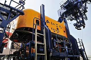 <i>Kaikō ROV</i> Japanese remotely operated underwater vehicle for deep sea exploration