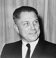 Jimmy Hoffa adalah seorang pemimpin buruh Amerika, dan narapidana kriminal. Sebagai presiden International Brotherhood of Teamsters dari pertengahan 1950-an hingga pertengahan 1960-an, Hoffa memiliki pengaruh yang cukup besar. Setelah keyakinannya, dia menjalani hampir satu dekade di penjara.