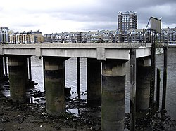Jetty on the River Thames - geograph.org.uk - 1395244.jpg