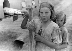 John Vachon, Ozark children getting mail from RFD box, Missouri, 1940.jpg