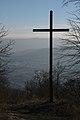 Kříž u vrcholu Květnice, okres Brno-venkov.jpg