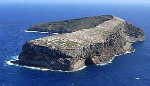 Kaʻula - Image: Kaula island P1010936a