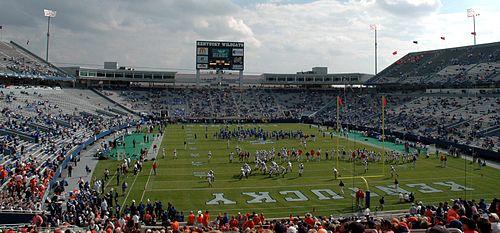 Pregame of 2005 Kentucky vs. Auburn game.