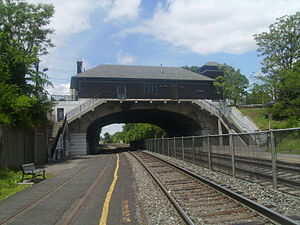 Kingsland station - Kingsland station facing northbound (towards Suffern) on the Hoboken-bound platform, with the station depot and Route17 crossing overhead.