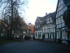 Wülfrath - Image: Kirchplatz 1
