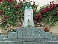 Klingenmünster Becker-Denkmal.jpg