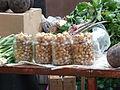 Kostroma Market 16 tiny onions (4124633081).jpg