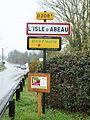 L'Isle-d'Abeau-FR-38-panneau d'agglomération-1.jpg