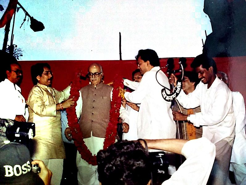 File:L K Advani garlanded.jpg