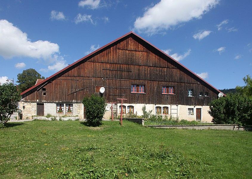 Ferme à La Chaux (Doubs).