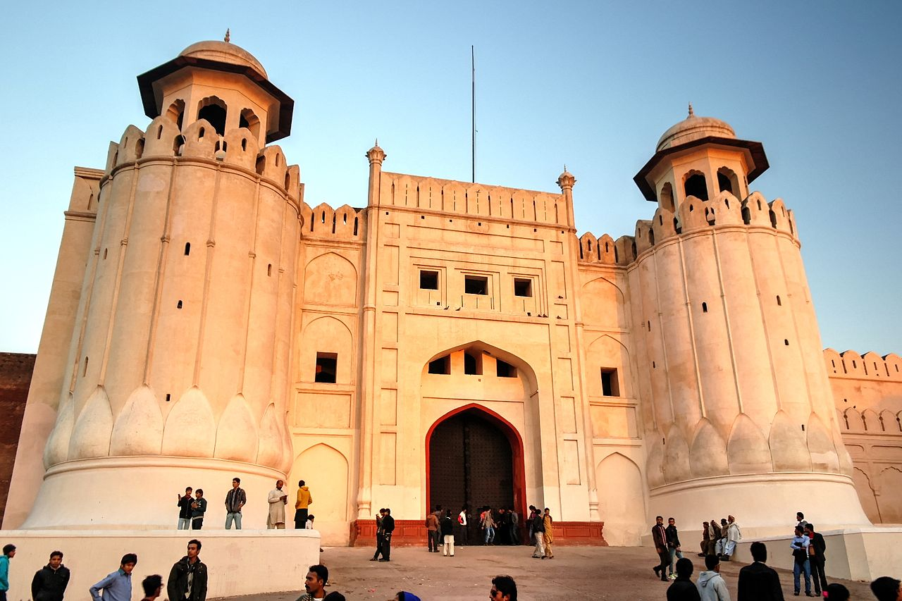 Paragraph on Lahore Fort