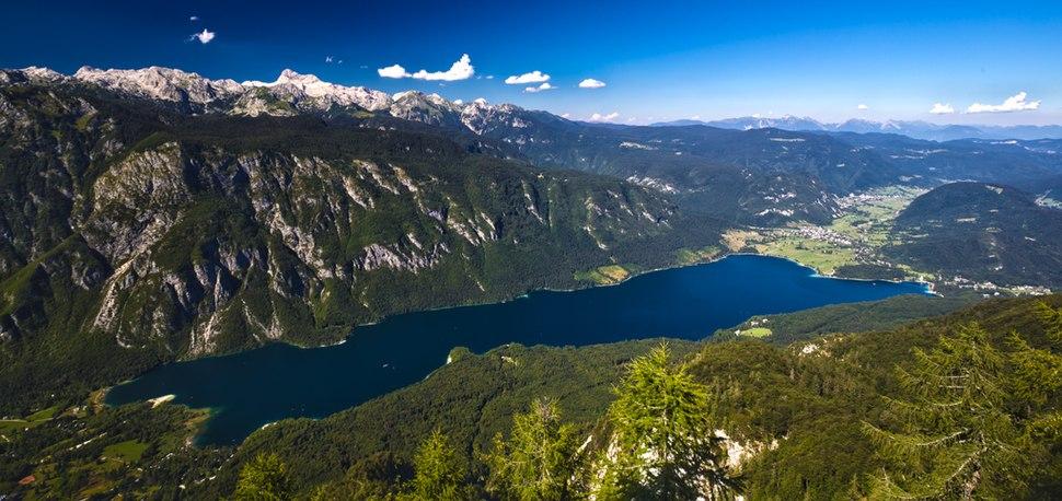 Lake Bohinj (9452094709)
