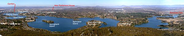 Lake burley griffin from telstra Tower2.jpg