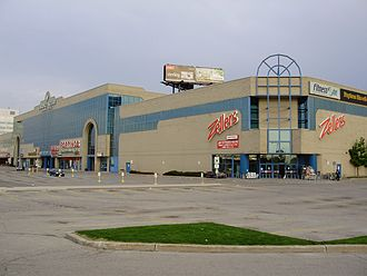 Lawrence Square Shopping Centre - Image: Lawrence Square Shopping Centre