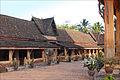 Le cloître du Vat Sisaket (Vientiane) (4341372559).jpg