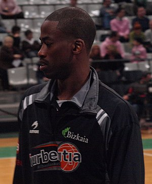 Quincy Lewis - Lewis with Bilbao