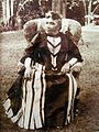 Liliuokalani sitting on lawn, Washington Place.jpg