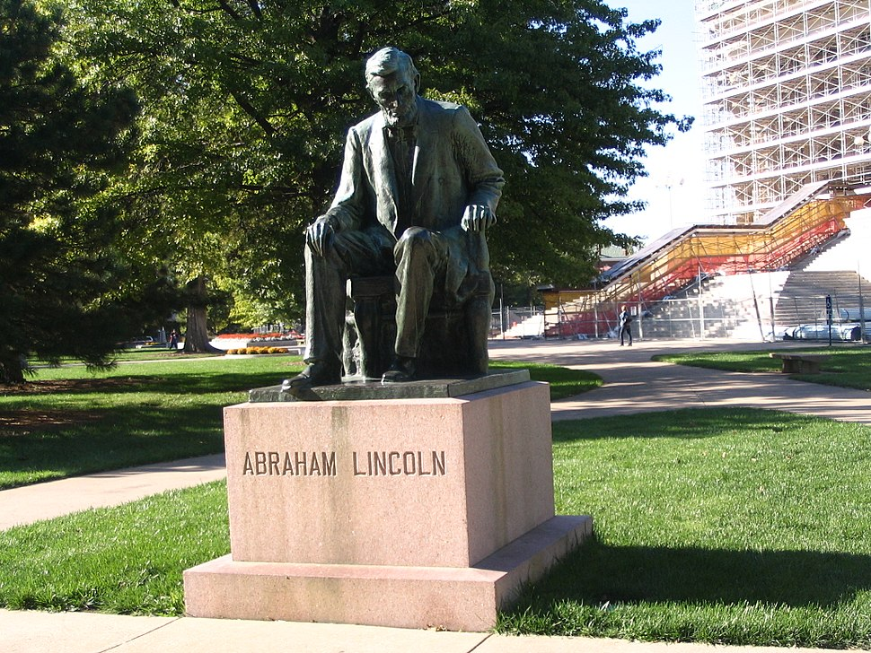 Lincoln Statue in Topeka