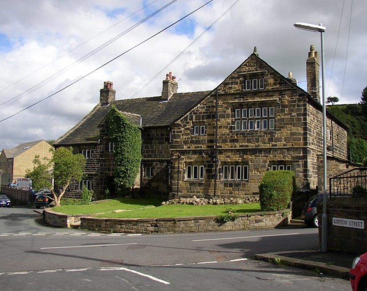 Linthwaite Hall, Linfit Lane, Linthwaite - geograph.org.uk - 528434.jpg