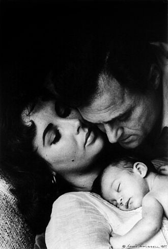 Mike Todd - Todd with daughter Liza and wife Elizabeth Taylor, 1957