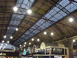 London Victoria Station (8103906916).jpg