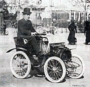 Louis Renault with his first car.jpg