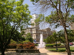 Louisville City Hall 3.jpg