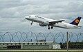 Lufthansa A320-200.jpg