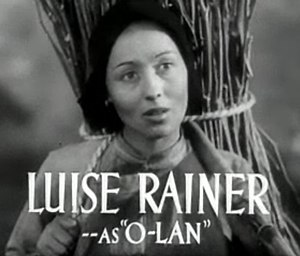 Portrayal of East Asians in American film - Image: Luise Rainer in The Good Earth trailer 2