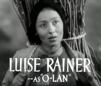 The Good Earth (film) - Image: Luise Rainer in The Good Earth trailer 2