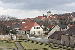 Mücheln (Geiseltal), view from the baroque garden to the town.jpg