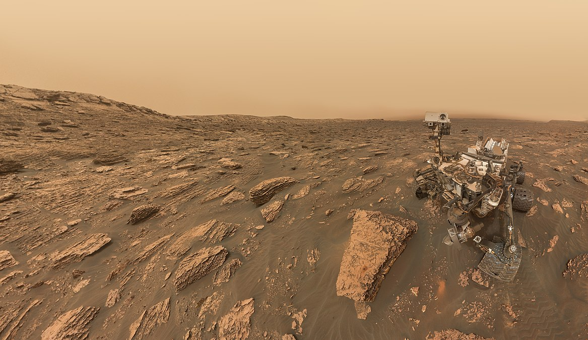 MSL Sol 2082 - MAHLI - Natural Color (29011748758).jpg