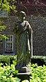 Maastricht - Bogaardenstraat bij 1 GM-3610 20190616 beeld St Petrus in tuin XII Apostelen.jpg