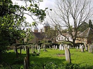 Maidwell Human settlement in England