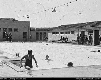 William James Mildenhall - Image: Manuka Pool NL Apic 583alb 827