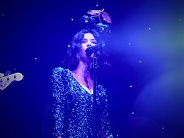 Marina and the Diamonds, Roundhouse, London (24568442374).jpg