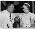 Mary Jane Truman at the Democratic National Convention of 1948 95-285.jpg
