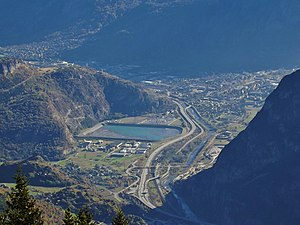 Saint-Jean-de-Maurienne - The Maurienne Valley and its main channels of communication to Saint-Jean-de-Maurienne