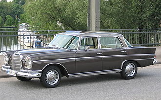 Mercedes-Benz W112 - Mercedes-Benz 300 SE long Sedan (W112)