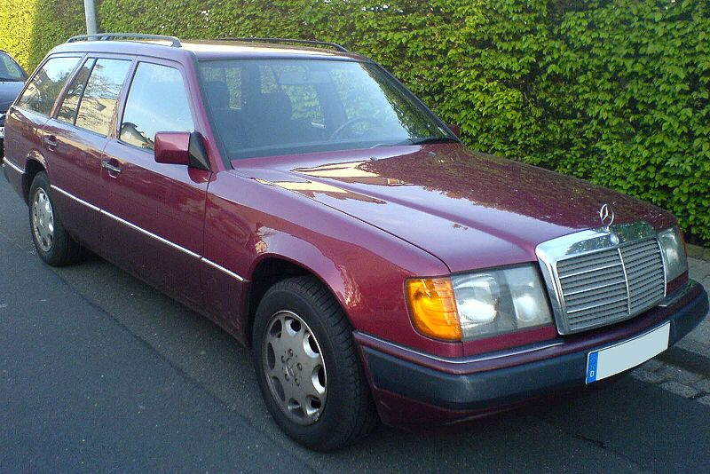 file mercedes 250 td w124 pre mopf bordeaux wikimedia commons. Black Bedroom Furniture Sets. Home Design Ideas