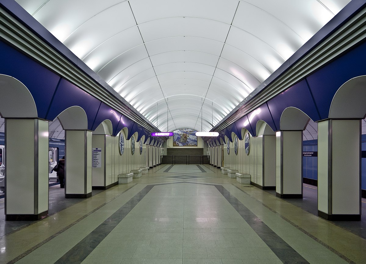 komendantsky prospekt saint petersburg metro wikipedia. Black Bedroom Furniture Sets. Home Design Ideas