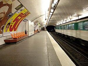 Rue Saint-Maur (Paris Métro) - Image: Metro de Paris Ligne 3 Rue Saint Maur 02