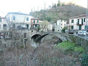 Mezzanego - Rocca castle, in the frazione of Borgonovo Ligure.